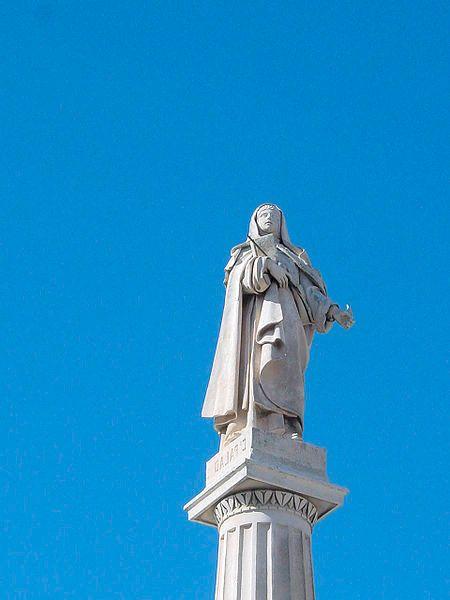 Estatua Santa Teresa