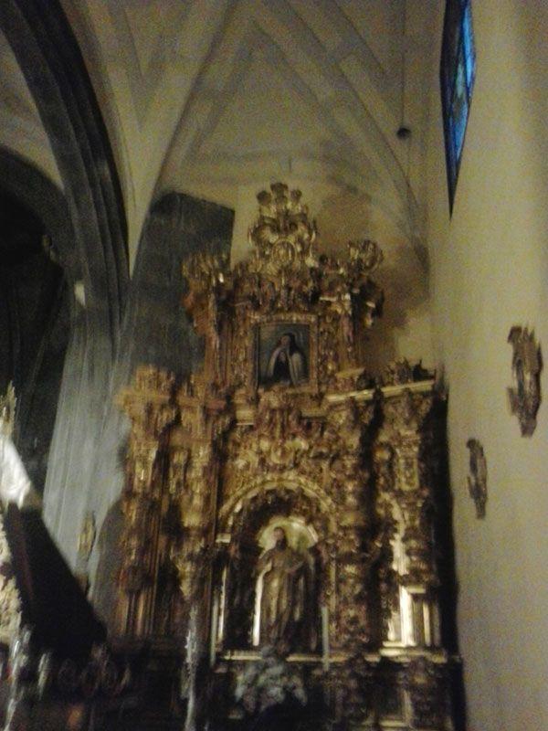 Patrona de Ávila Santa Teresa en Carmelitas Descalzas, Sepulcro de Santa Teresa