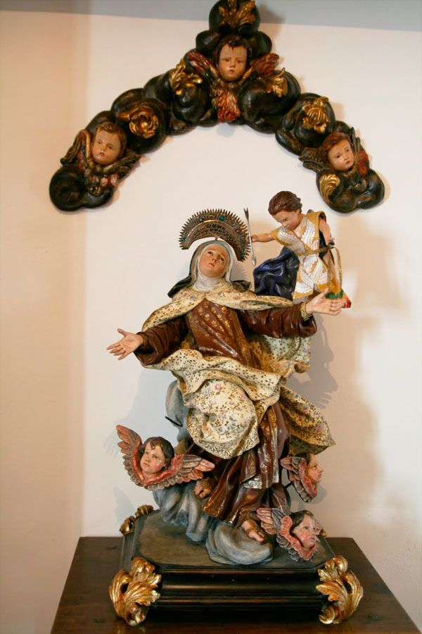 Santa Teresa Transverberada en Carmelitas Descalzas, Sepulcro de Santa Teresa