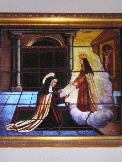 Santa Teresa profesa en manos de la Virgen