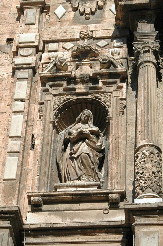 Hornacina con Santa Teresa