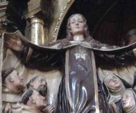 La Virgen del Carmen ampara a Santa Teresa y a San Juan de la Cruz